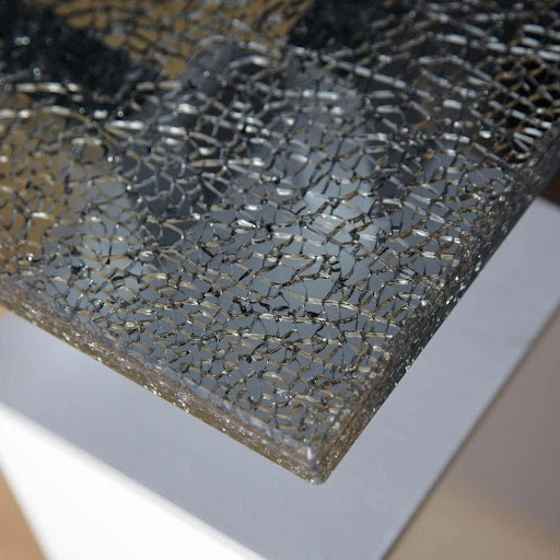 What is the Safest DIY Procedure to Achieve a Crackle Finish on Glass 0 matches
