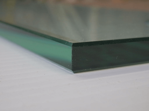 Thickness of the glass panel
