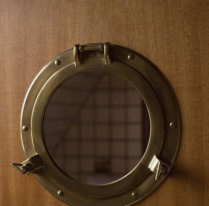 Porthole Mirror: Ultimate Guide to DIY Process – DIY Home Decor